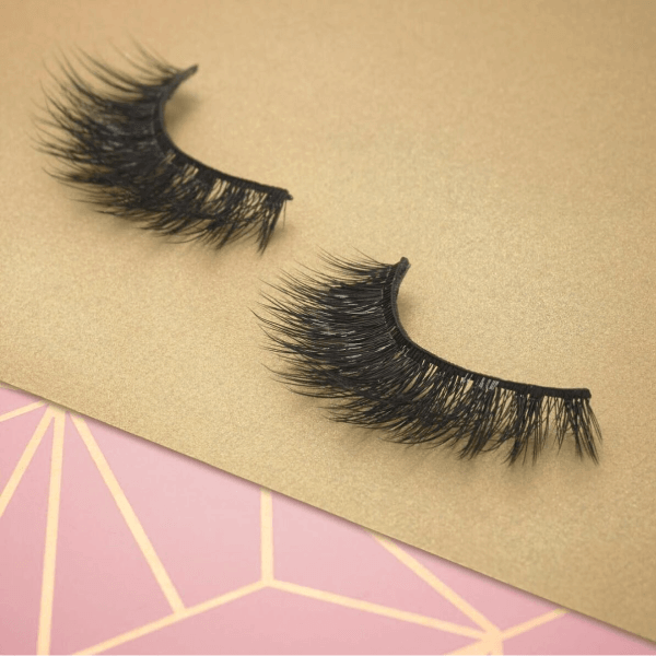 a259899d036 Luxe Lashes | Luxe False Lashes | Cruelty-Free Mink Effect | Eylure